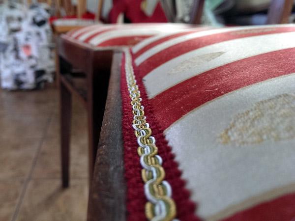 Rifoderare-il-divano-correggio-bagnolo